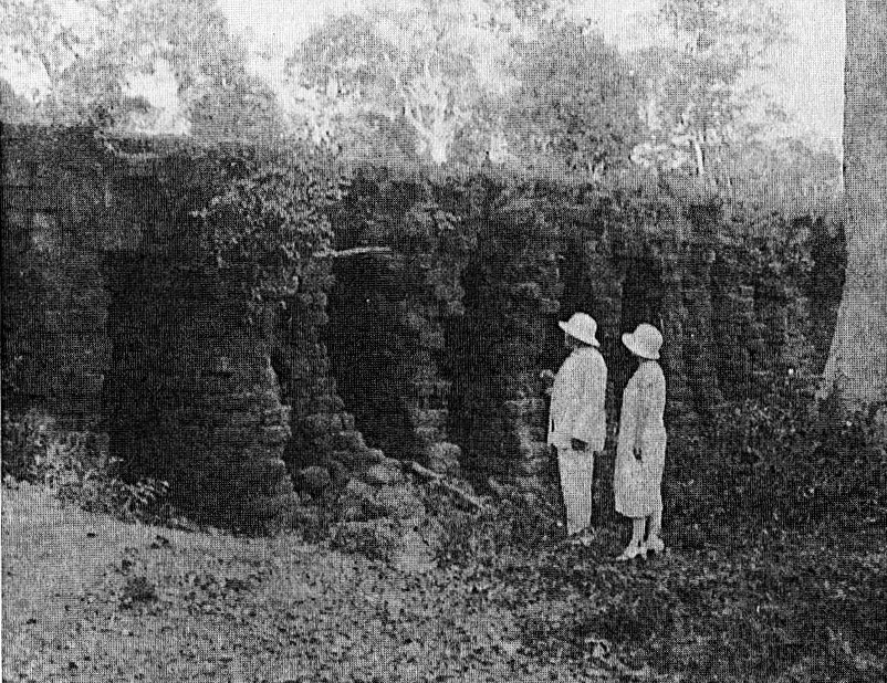 Le dernier pont Khmer, photographié en 1297, à 65 km au sud-est de Siem-Réap, à Kompong Kdei
